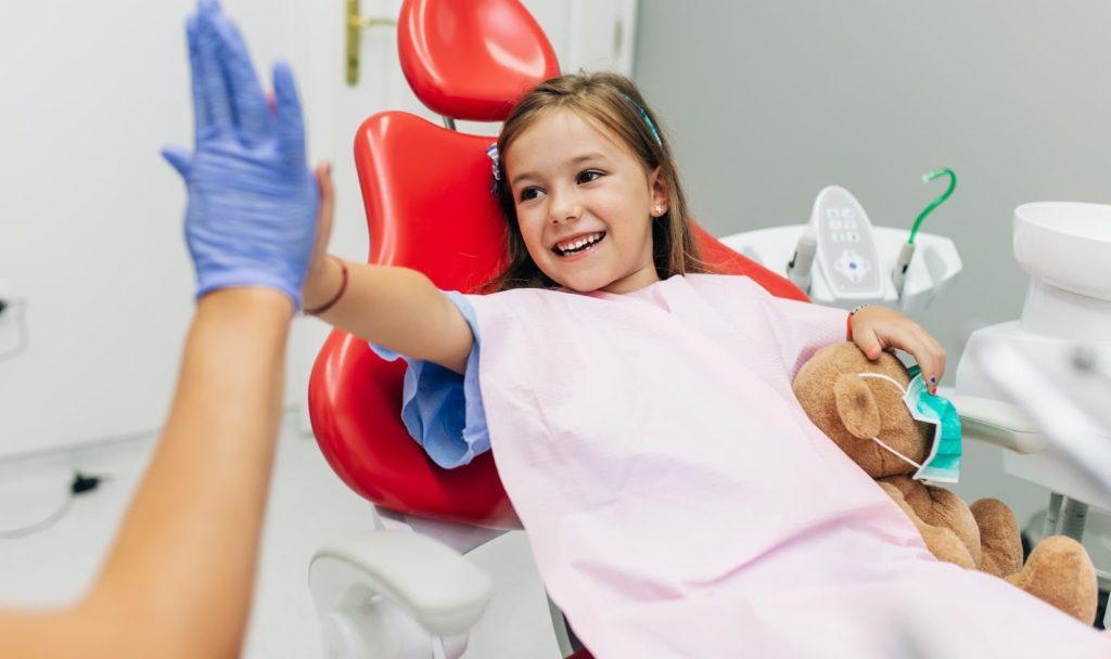 first-dentist-visit-newstead-smiles
